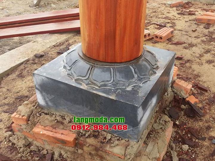 Chân tảng đá LM 28 kê cột gỗ nhà thờ họ, chân cột bằng đá