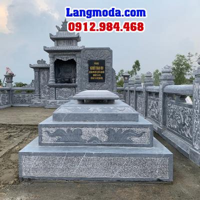 Các mẫu mộ đá đơn nguyên khối có cấu tạo làm 3 phần chính: Đế mộ, thân mộ và nắp mộ