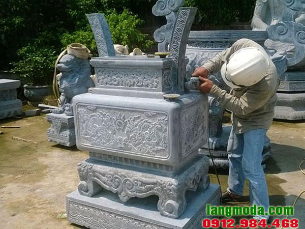 Lư hương đá LM 10 vuông đá khối