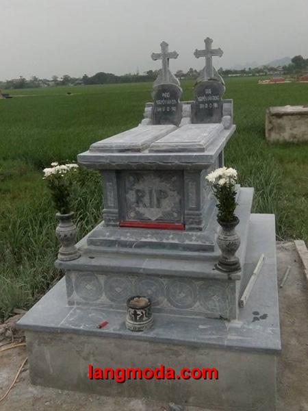 Mộ công giáo đá LM 35