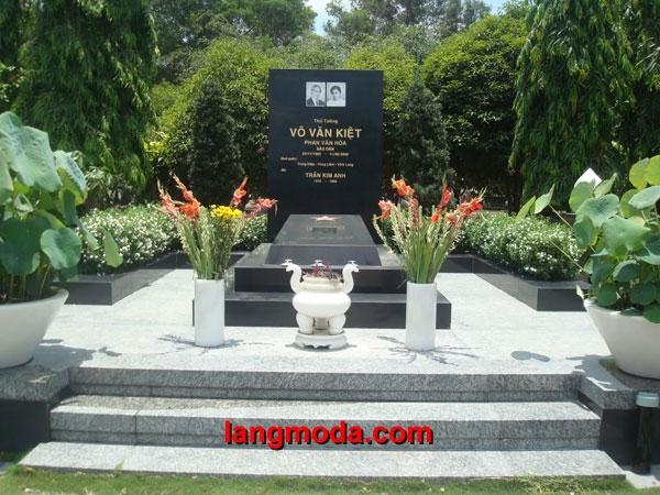 Mộ đá hoa cương granite LM 09