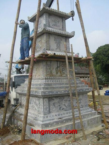 Mộ tháp đá LM 07
